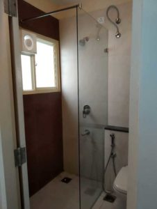 Customised Walk-in Shower Partition without Door, Explore Superior Quality Walk-in Shower Partition | Only 1 fixed glass partition without door - Exclusive design of Customised Shower Partition Online in Bangalore, Walk in shower ideas: 7 looks to add some luxury to your bathroom, Convertible Courtyards House / Christopher Megowan Design | Bathroom remodel shower, Bathroom partitions, Glass bathroom